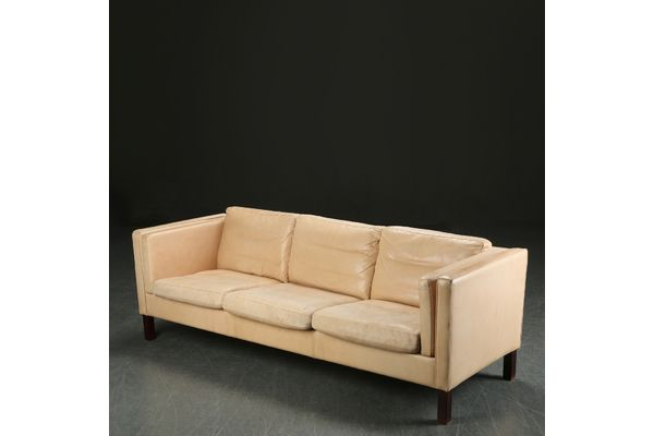 Long Danish Cream Leather Sofa Photo 1