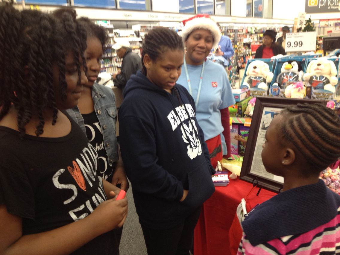 Doing A Demonstration With Peers At A Meet And Greet At Walgreens
