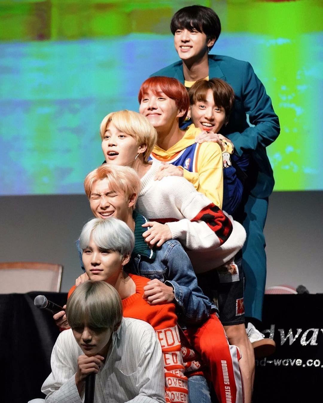Bangtan boys Taehyung, suga, RM, jimin, jhope, jungkook, jin