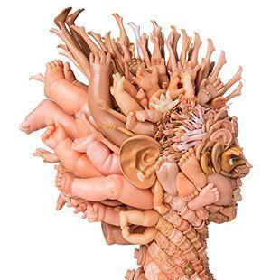 Dollface: Ritratti Bizarre Realizzato da riproposti Toy Parts da Freya Jobbins