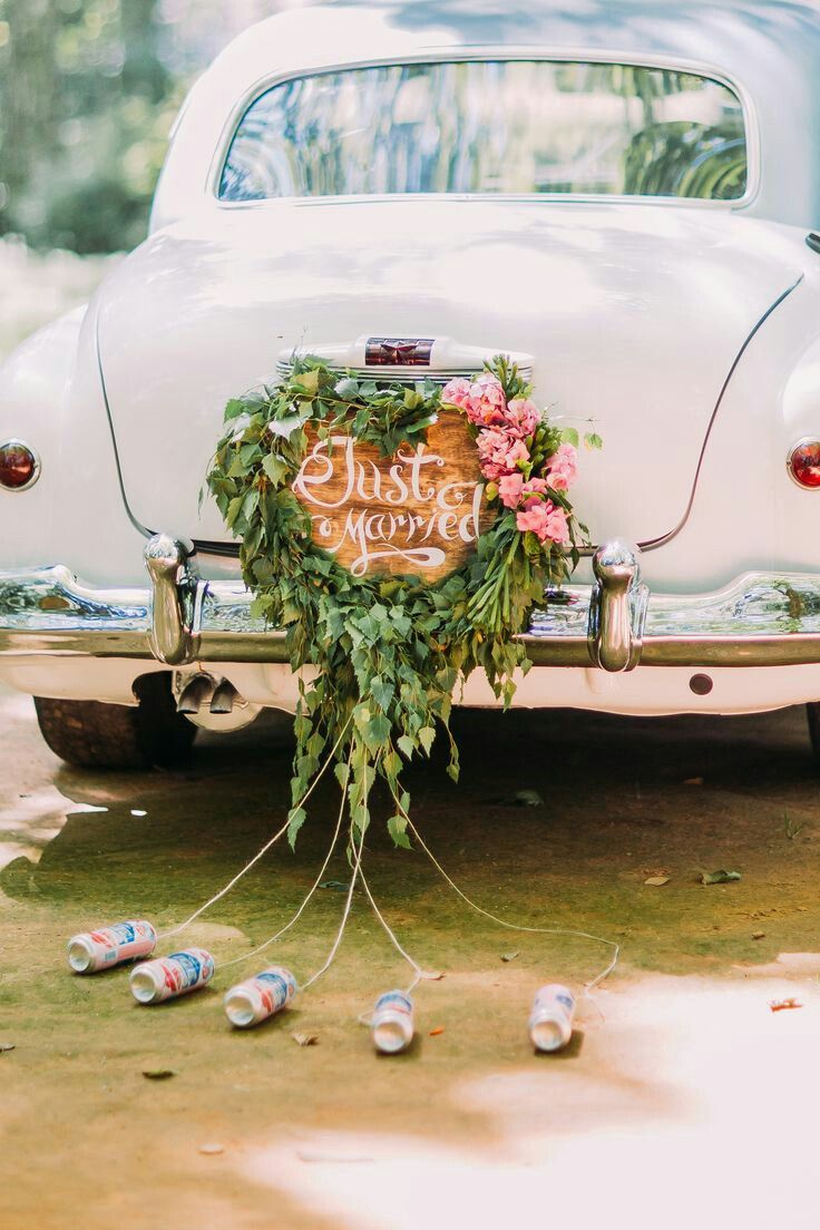 Autoschmuck Hochzeit Blumenherz und Just Married