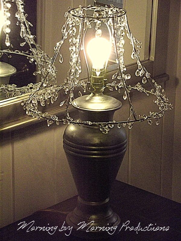 Cool Idea To Decorate A Table Lamp For Unique Look Use The Wire Frame And With Crystal Chandelier Beads Add An Edison Bulb