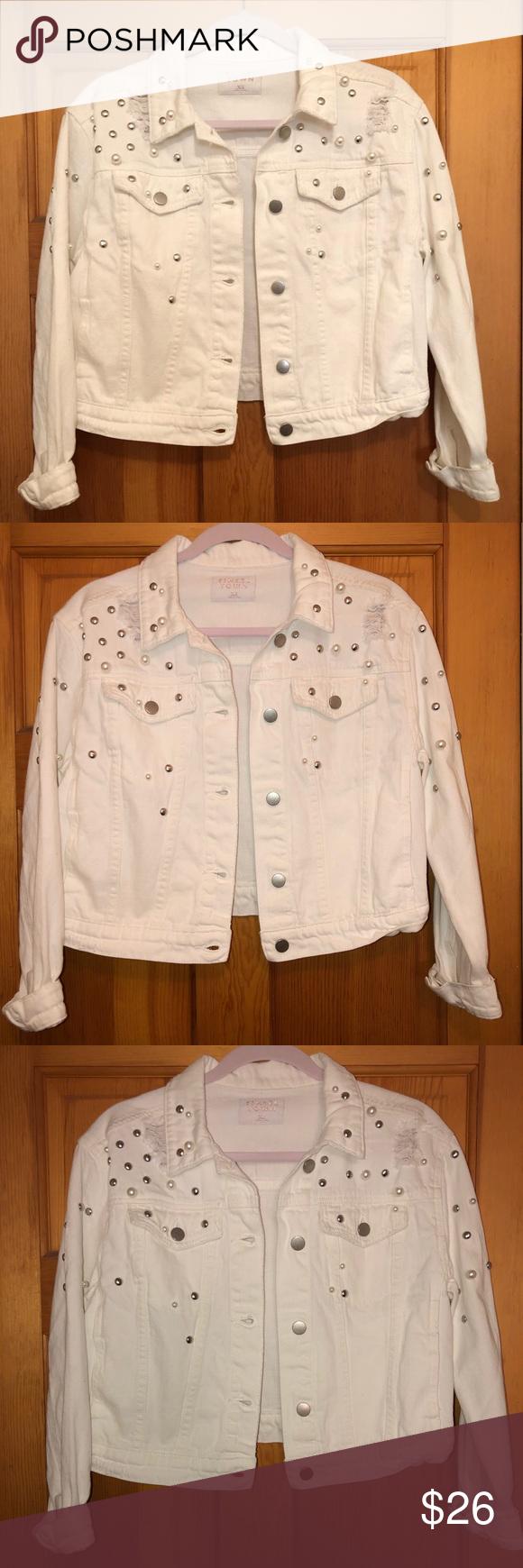 Tinsel Town Jean Jacket W Embellishments Clothes Design Jean Jacket Fashion Design [ 1740 x 580 Pixel ]