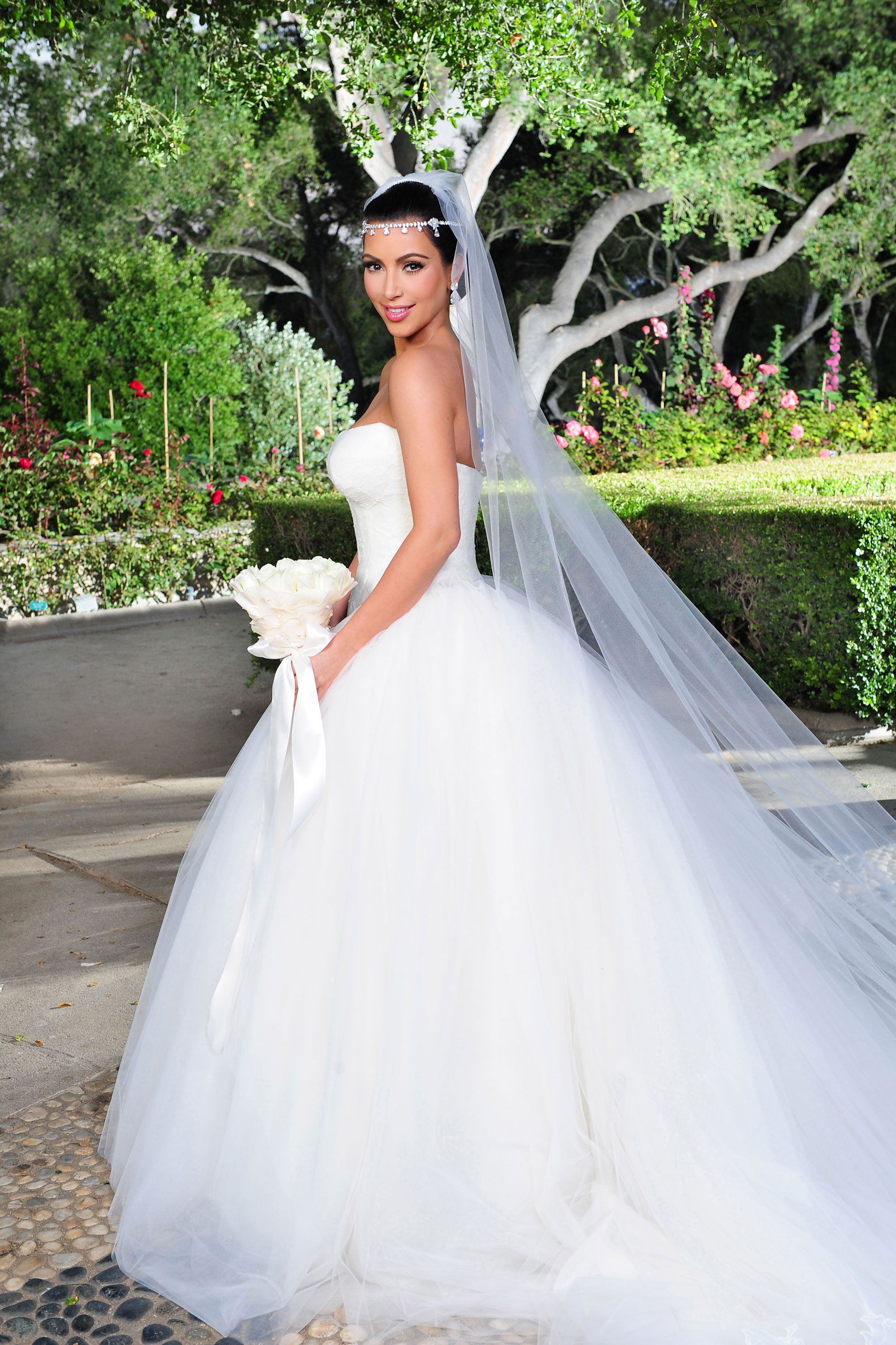 Most expensive wedding dress in the world   of the Most Expensive Celebrity Wedding Dresses Ever  Brides