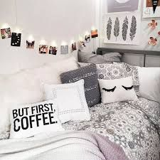 Abby And Kalyn S Dorm Ideas Deep Purple Or Pink With Black White