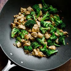 Healthy Chicken Breast and Broccoli Stir Fry