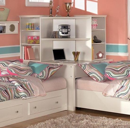 this would be cool for my girls if they end up sharing a room in the
