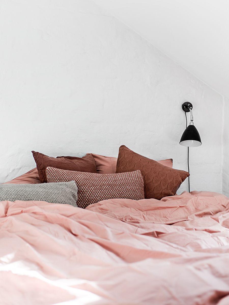 Pop of Pink Interior Spaces | Schlafzimmer, Zuhause und kleine Zimmer