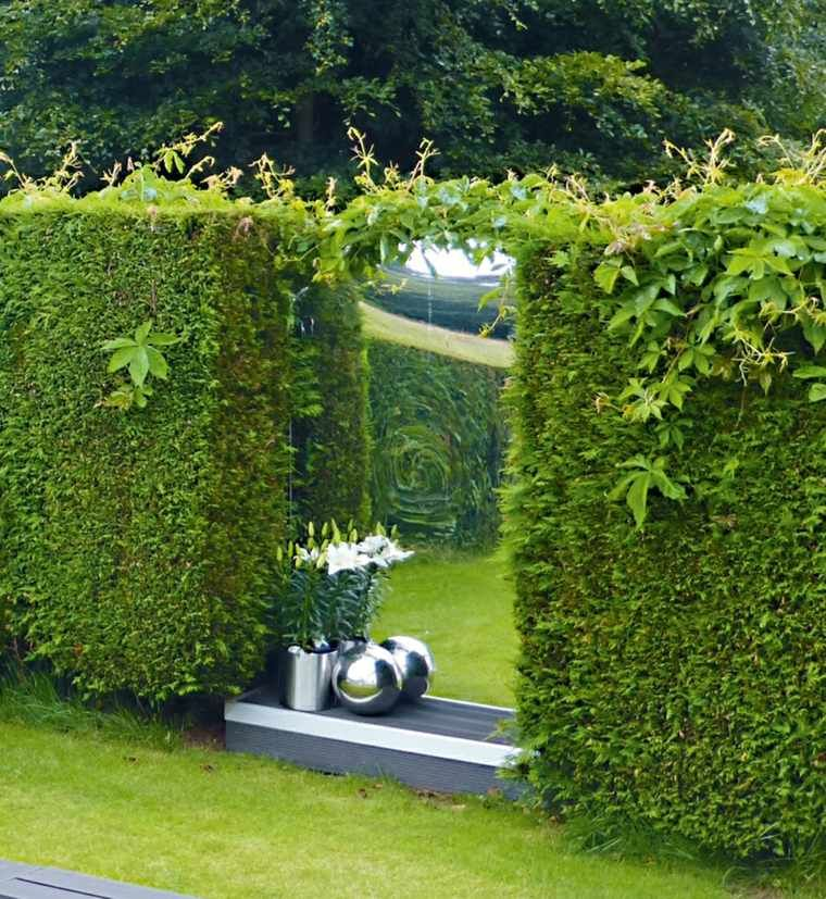 miroir de jardin comment l 39 utiliser pour une d co originale miroir acrylique miroirs et. Black Bedroom Furniture Sets. Home Design Ideas