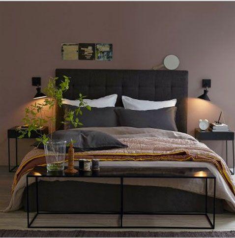 Chambre couleur murs taupe avec literie couleur chocolat