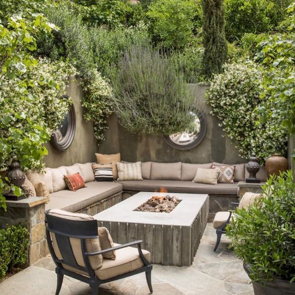 27 Easy DIY Outdoor Fire Pit and Cozy Seating Area Ideas