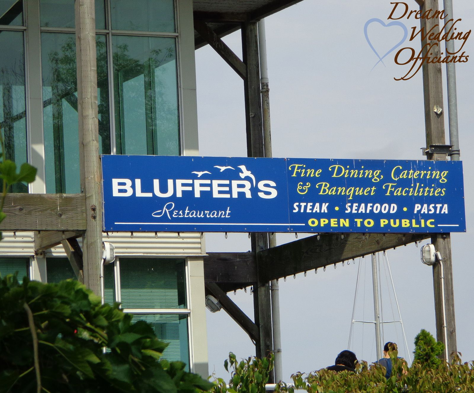 Bluffers Point The Bluffs In Scarborough Toronto TorontoParty VenuesWedding