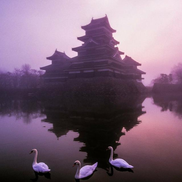16th Century Matsumoto Castle photographed by Michael Yamashita