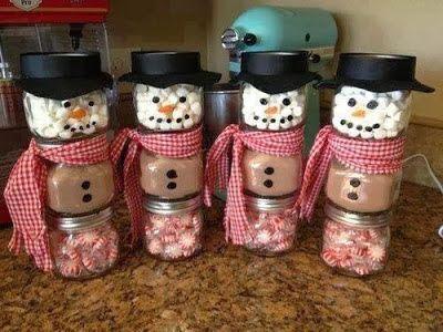 10 Ways To Upcycle Mason Jars For The Holidays