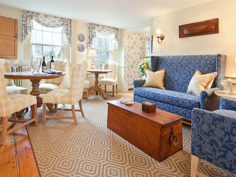Beautiful Nantucket hotel in the heart of town. nantucket
