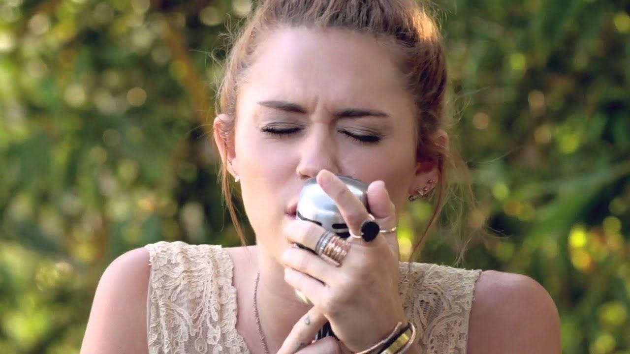 "Miley Cyrus - The Backyard Sessions - ""Jolene"" - YouTube ..."