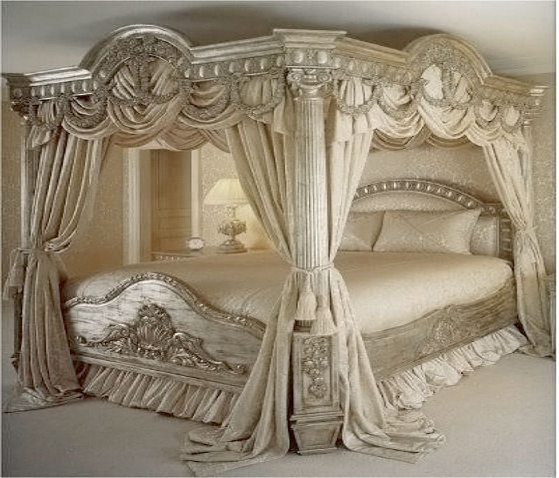 A Grand Bed Fit For A Palace Luxurious Bedrooms Elegant Bedroom Bedroom Styles