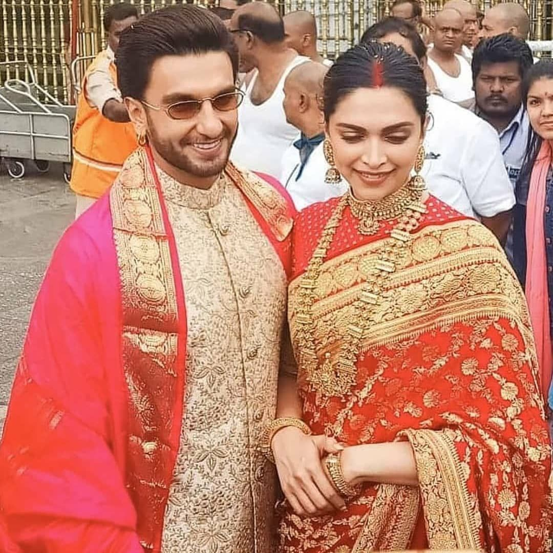 Deepika Padukone And Ranveer Singh Look Smitten In Love As They Seek Blessings At Tirupati With Family On First Anniversary Hungryboo Indian Wedding Outfits Deepika Padukone Bollywood Wedding