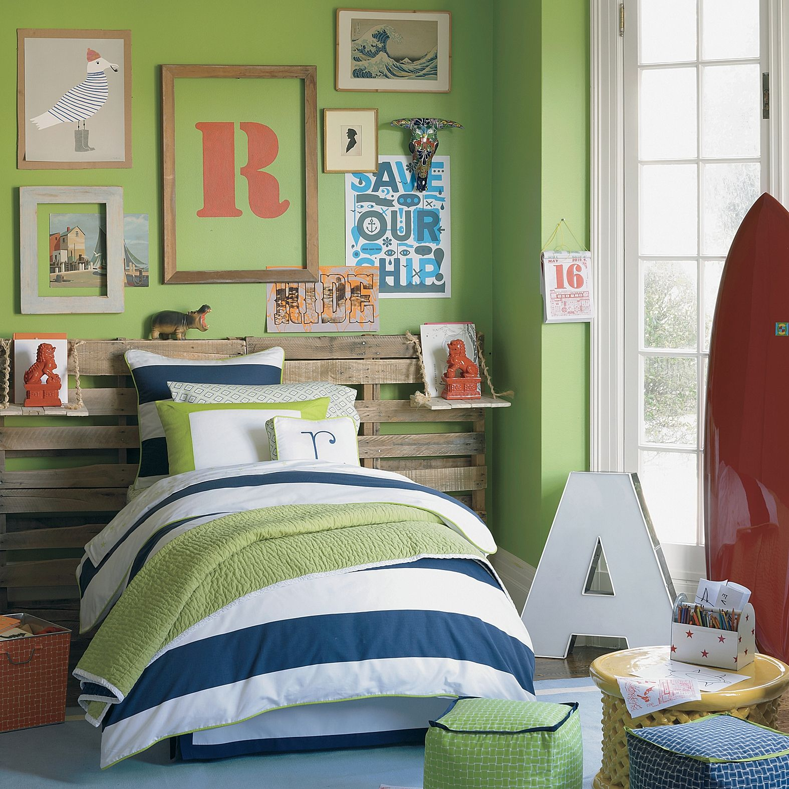 Bedroom Design For Kids Boys Nice Cheap Bedroom Sets Lighthouse Bedroom Decor Bedroom Decor Purple Gray: Nice Boy's Bedroom. Notice That They Used A Section Of