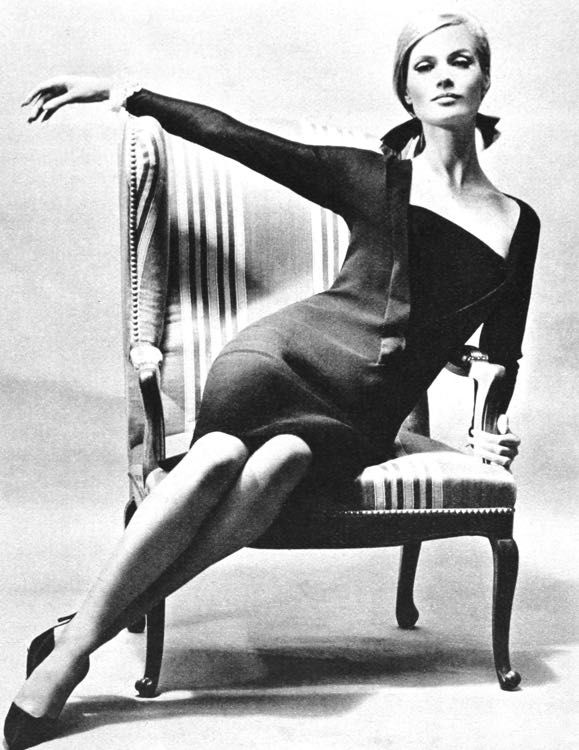 Magdorable! Christa Fiedler by Regina Relang, dress Staebe-Seger, Film und Frau Herbst - Winter 1964-1965