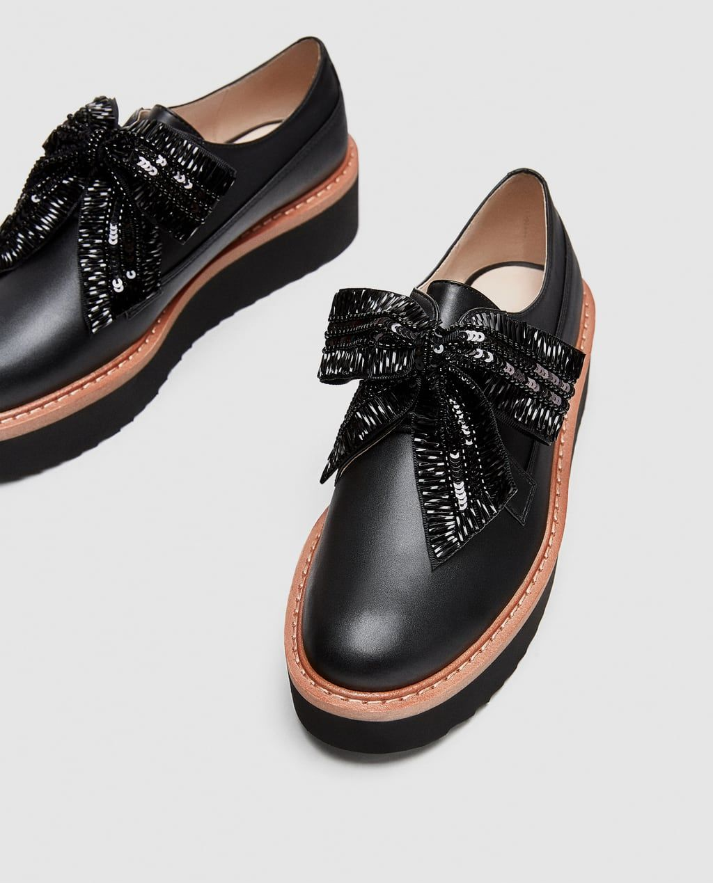 39045a00263 Image 5 of PLATFORM DERBY SHOES WITH BOW from Zara Zapatos Negros