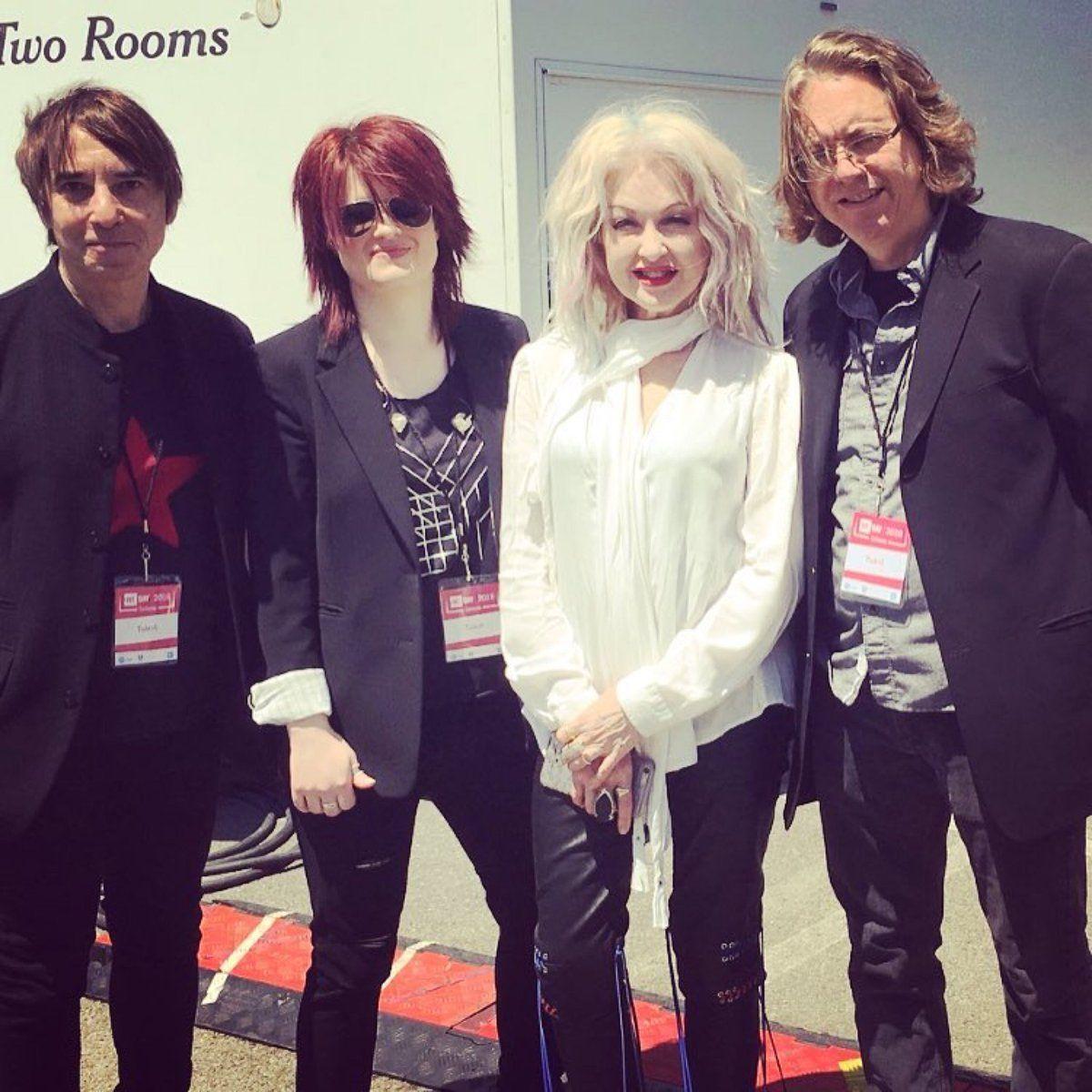 Cyndi Lauper and her band 2018