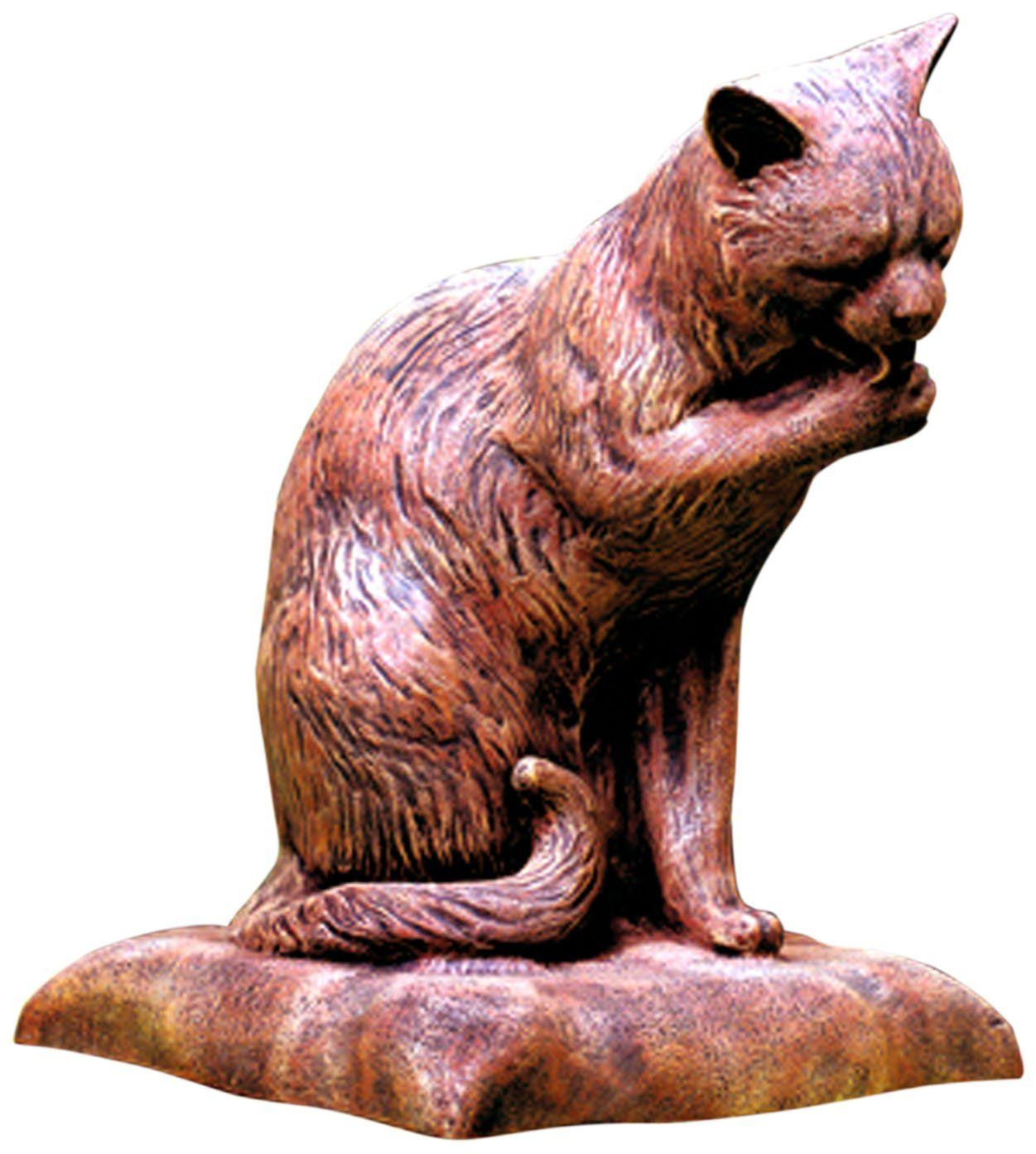 Amazon.com : LadyBug Cat Licking Paw Outdoor Statue, Brick : Patio, Lawn