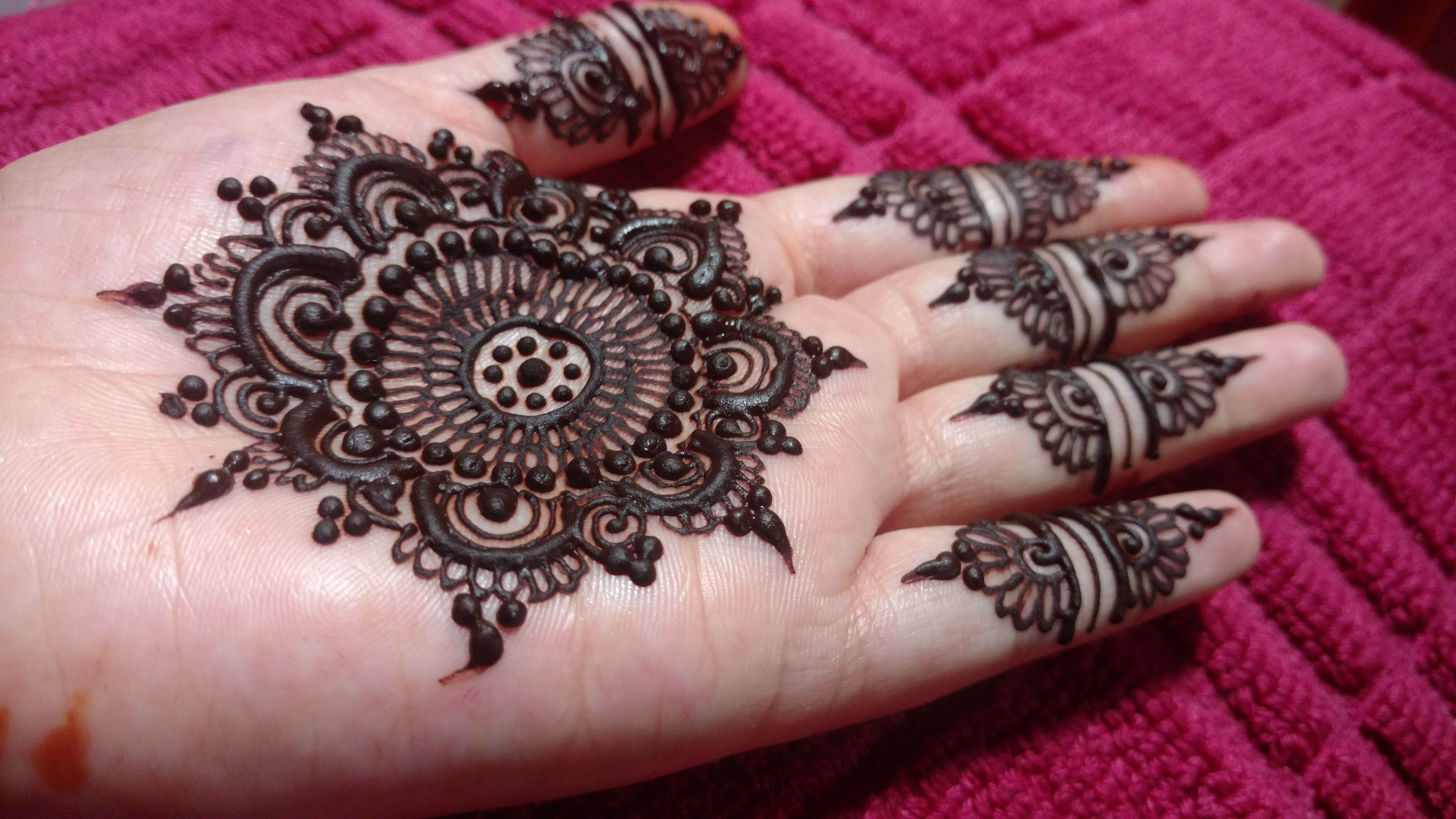 Stylish Mehndi Front Hand Design Simple