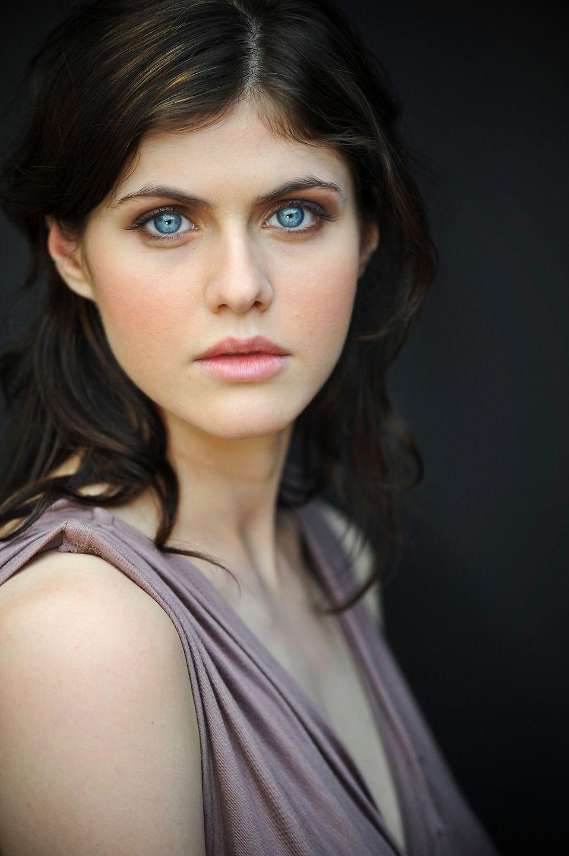 Alexandra Daddario True Detective Girl Crush Her Eyes And Hair