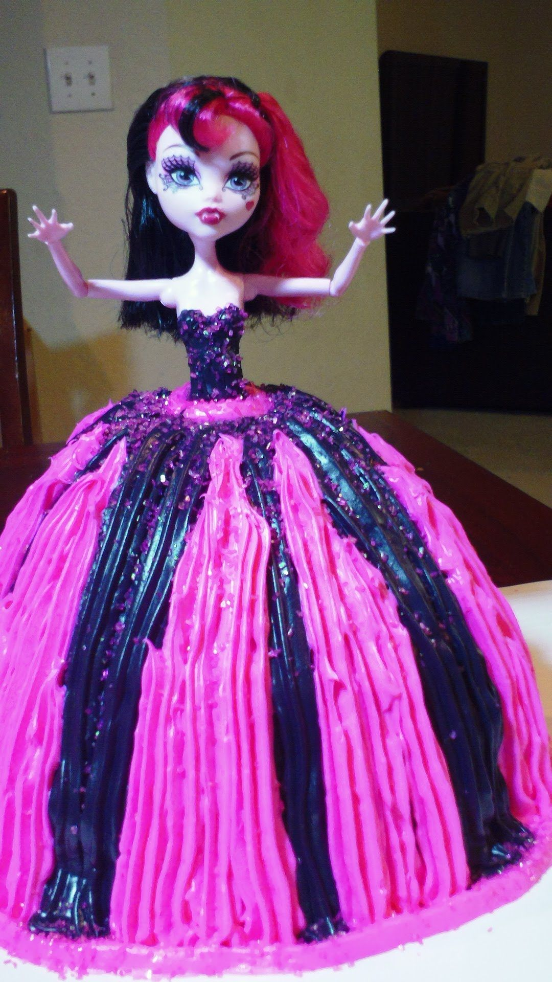 Monster High Doll Cake With Butter Icing