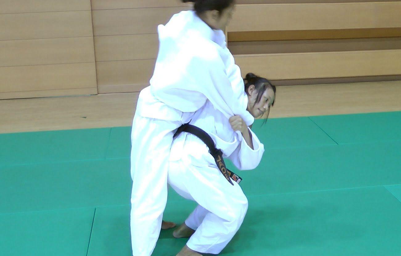 Judo - Tsurikomi Goshi - 釣込腰