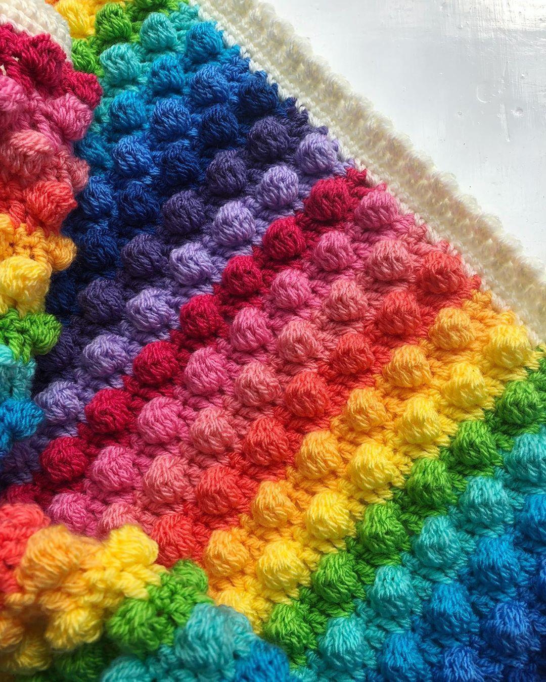 Today S Job Yarn Stylecraftyarns Dk Pattern Mooglyblog Blackberry Salad Blanket Edging Attic24 Bobble Shell Blanket Pattern Yarn