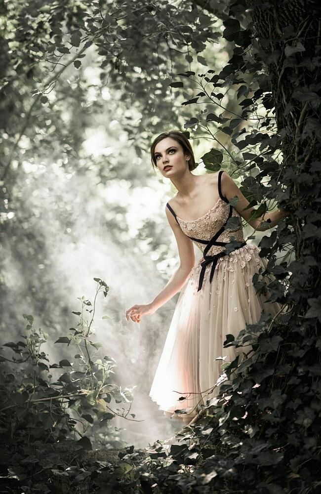 Pin by E . L . A . H . E . H on ❦ Fairytale ❦ | Pinterest | Paolo ...