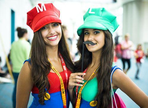 10 classy halloween costumes you can make - Girl Mario And Luigi Halloween Costumes