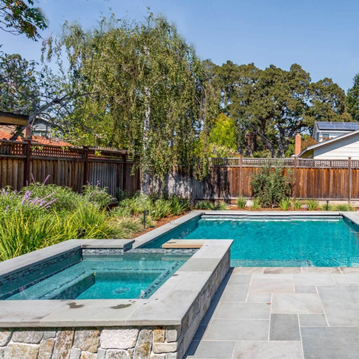 45 Amazing Small Backyard Ideas On A Budget For Small Yards Swimming Pools Backyard Backyard Pool Landscaping Pool Landscaping