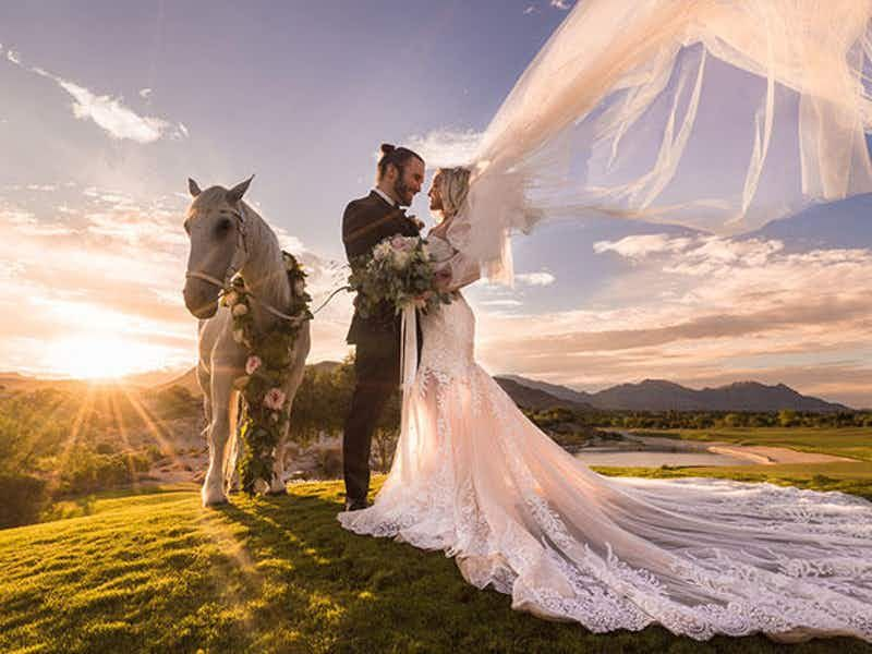 All Inclusive Wedding Packages Nevada Wedding Venues In 2020 Las Vegas Weddings Las Vegas Wedding Venue Las Vegas Wedding Photographers