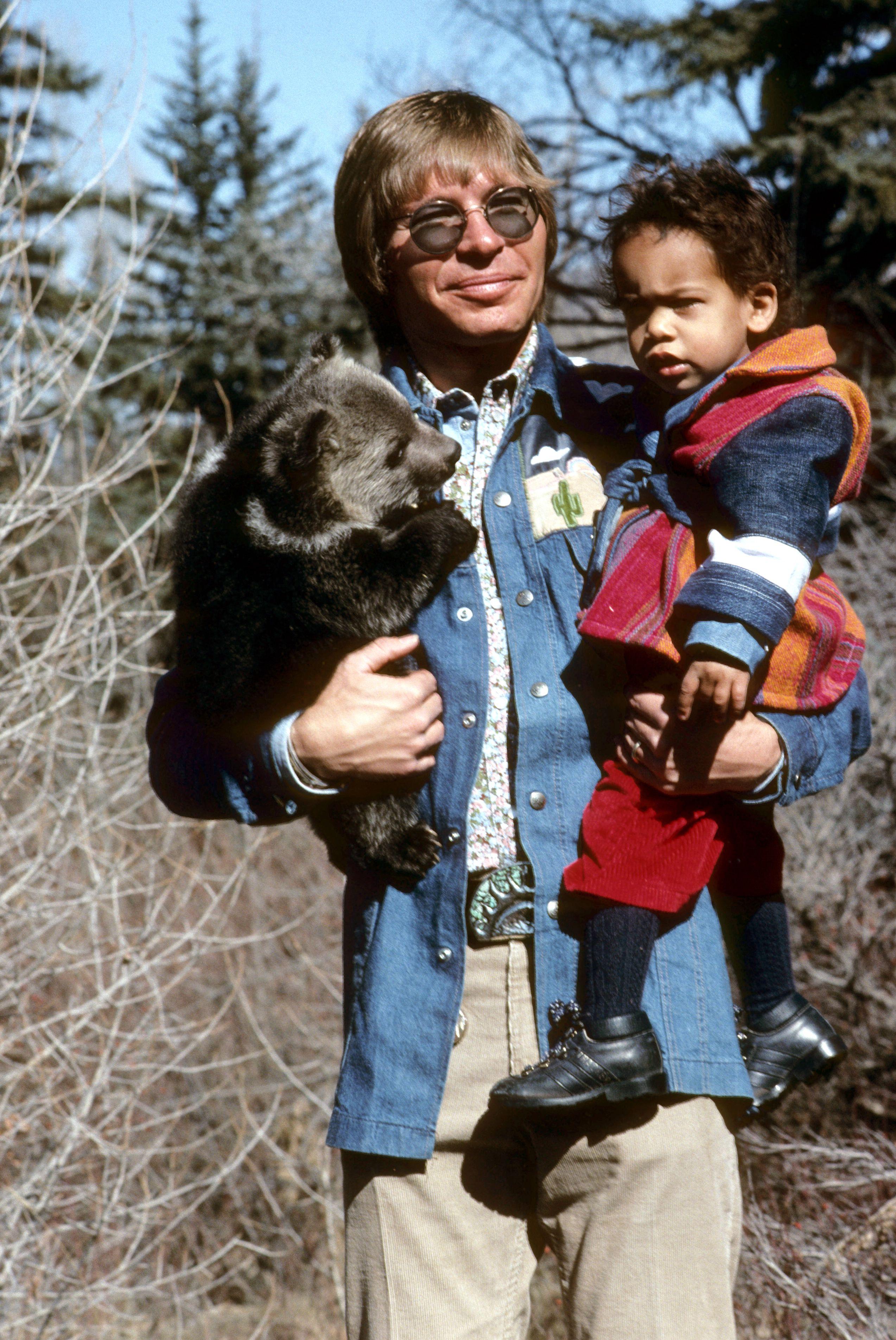 Jd Zack And A Baby Bear John Denver Henry John Deutschendorf