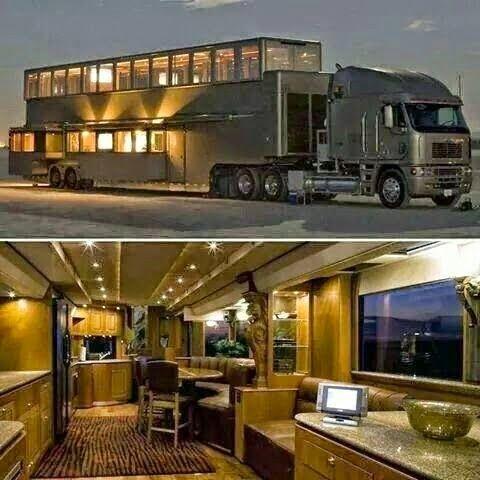 Converted semi trailer tiny house i just love tiny for Virtual tiny house builder