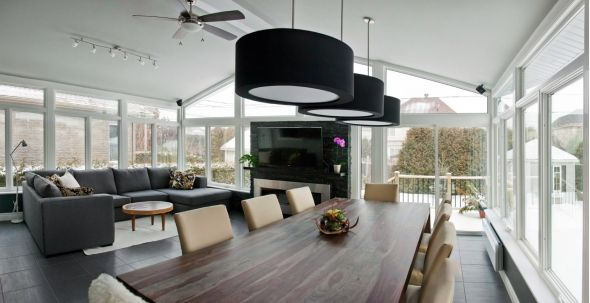 There are so many reasons to love a sunroom. In fair weather, nature enthusiasts—who are less than enthusiastic about sun exposure and bugs—can experience the great outdoors without interference.