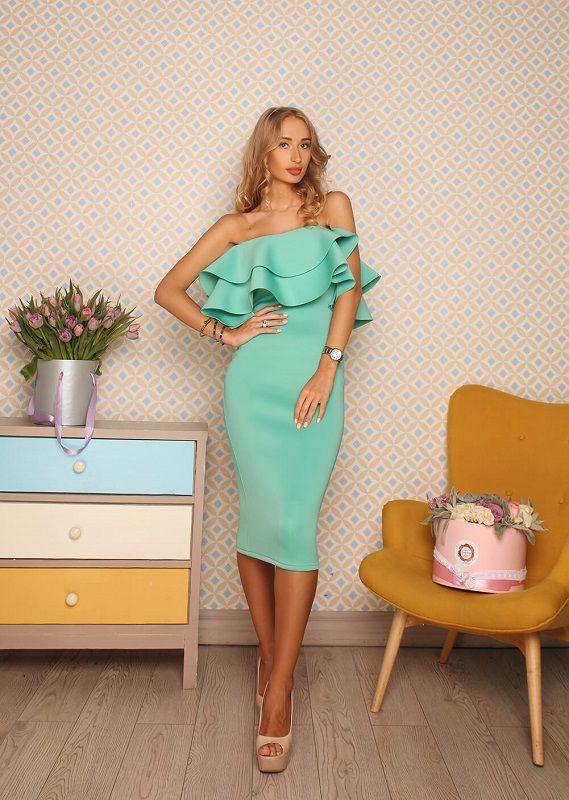 Платье с воланами на плечах ментолового цвета   Styles   Dresses ... 797faab9882