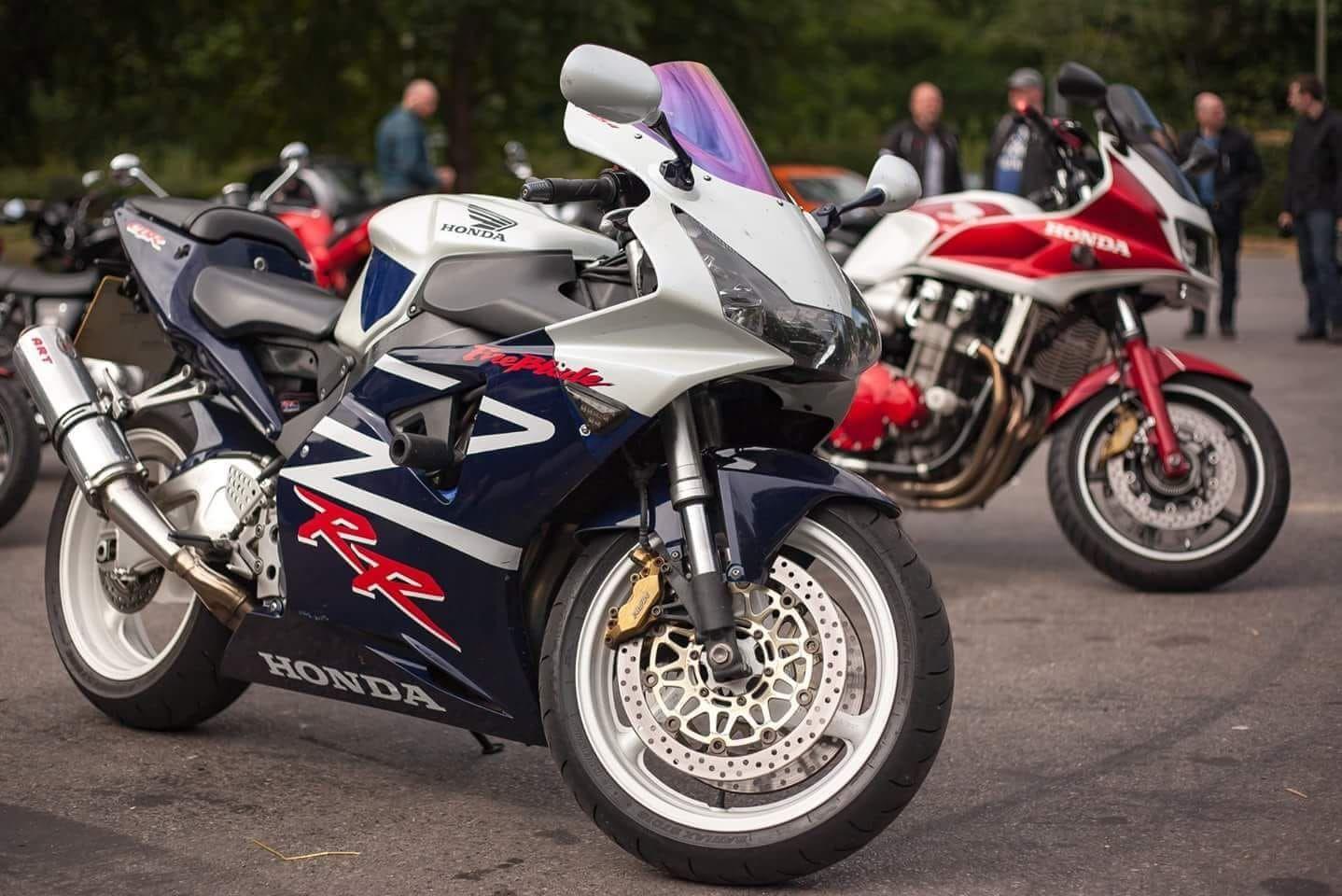 2003 Honda CBR 954 RR white