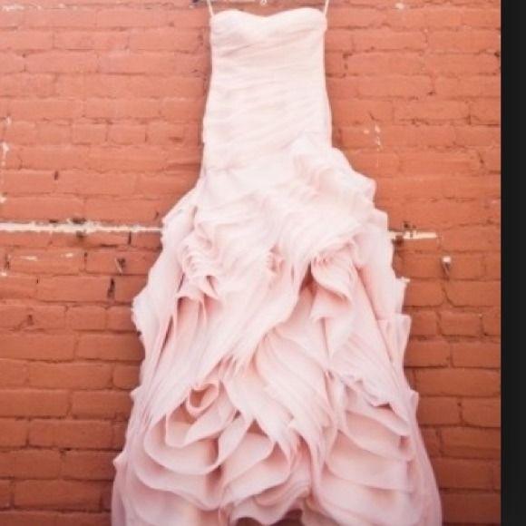 SOLD! Blush Vera wang wedding dress | Compras, Boda y Faldas