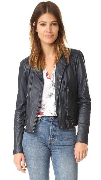 ¡Cómpralo ya!. Rebecca Taylor Washed Leather Jacket - Navy. Exposed zips add an edgy element to this leather Rebecca Taylor jacket. Notched lapels frame the off center zip placket. Front pockets and long sleeves. Lined. Fabric: Leather. Shell: 100% lamb leather. Sleeves: 100% polyester (lining). Lining: 100% lyocell. Leather clean. Imported, China. Measurements Length: 20.5in / 52cm, from shoulder Measurements from size 4. Available sizes: 0,2 , chaquetadecuero, polipiel, biker, ante…