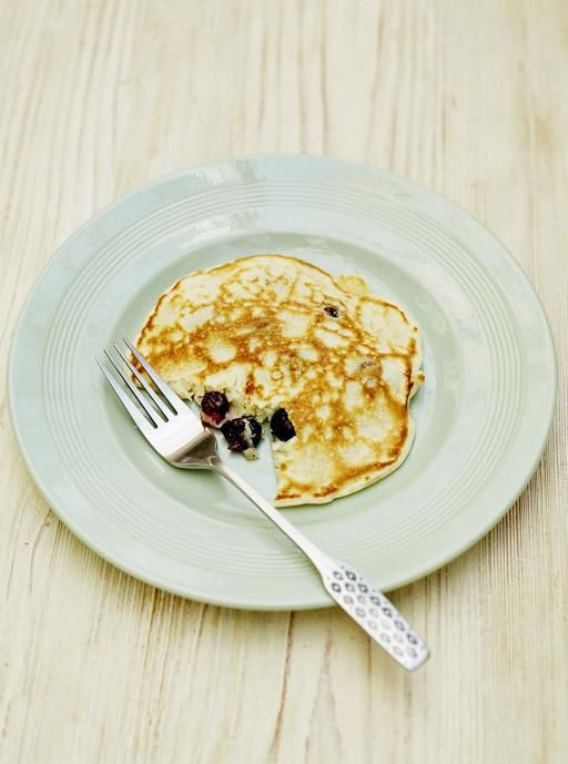 One-cup pancakes with blueberries | Jamie Oliver (UK) - simple, reliable recipe - made this a.m. Subbed 1c flour, 1.25t baking powder, heaping .5t salt for the recipe's self-rising flour w/ pinch of salt. (Use 1.25t baking powder at altitude; sea level use 1.5t baking powder.)