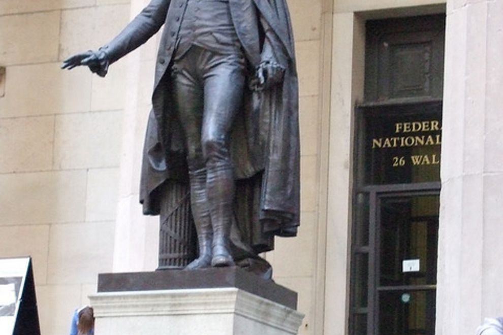George Washington Statue At Federal Hall On Wall Street In Manhattan George Washington Statue I New York George Washington