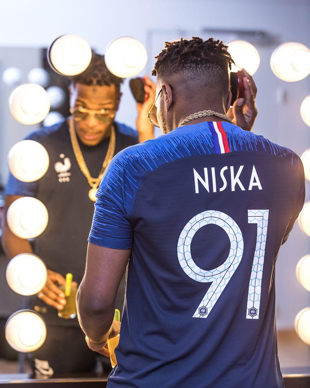 official photos 0b9d4 757fa Niska Reveals France 2018 World Cup Nike Home Shirt ...