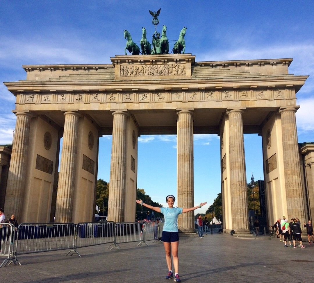 Good Luck Berlin Runners This Pic Is 2017 Mini Tip When You Get To The Brandenburg Gate You Are Nearly Brandenburg Gate Around The Worlds Berlin Marathon
