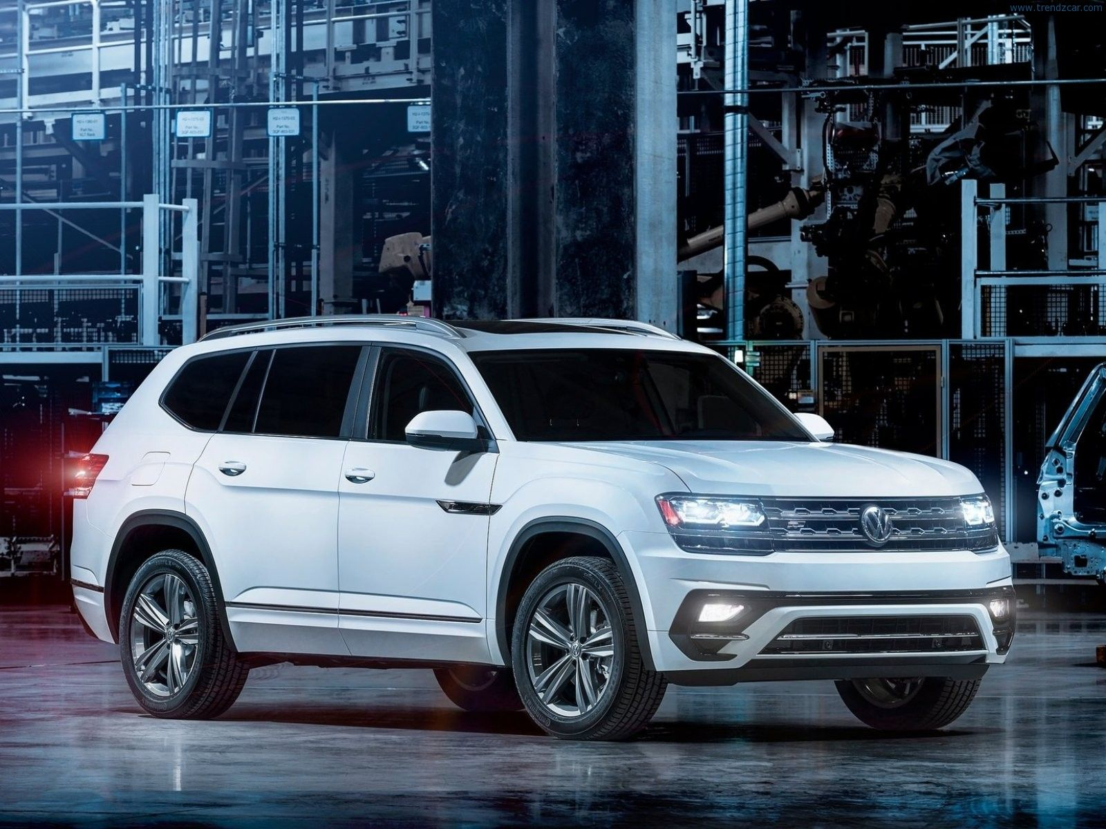 2017 Volkswagen Atlas R Line Why An R Line Derivative Of This Monstrosity With Images Volkswagen Touareg Volkswagen Best Compact Suv