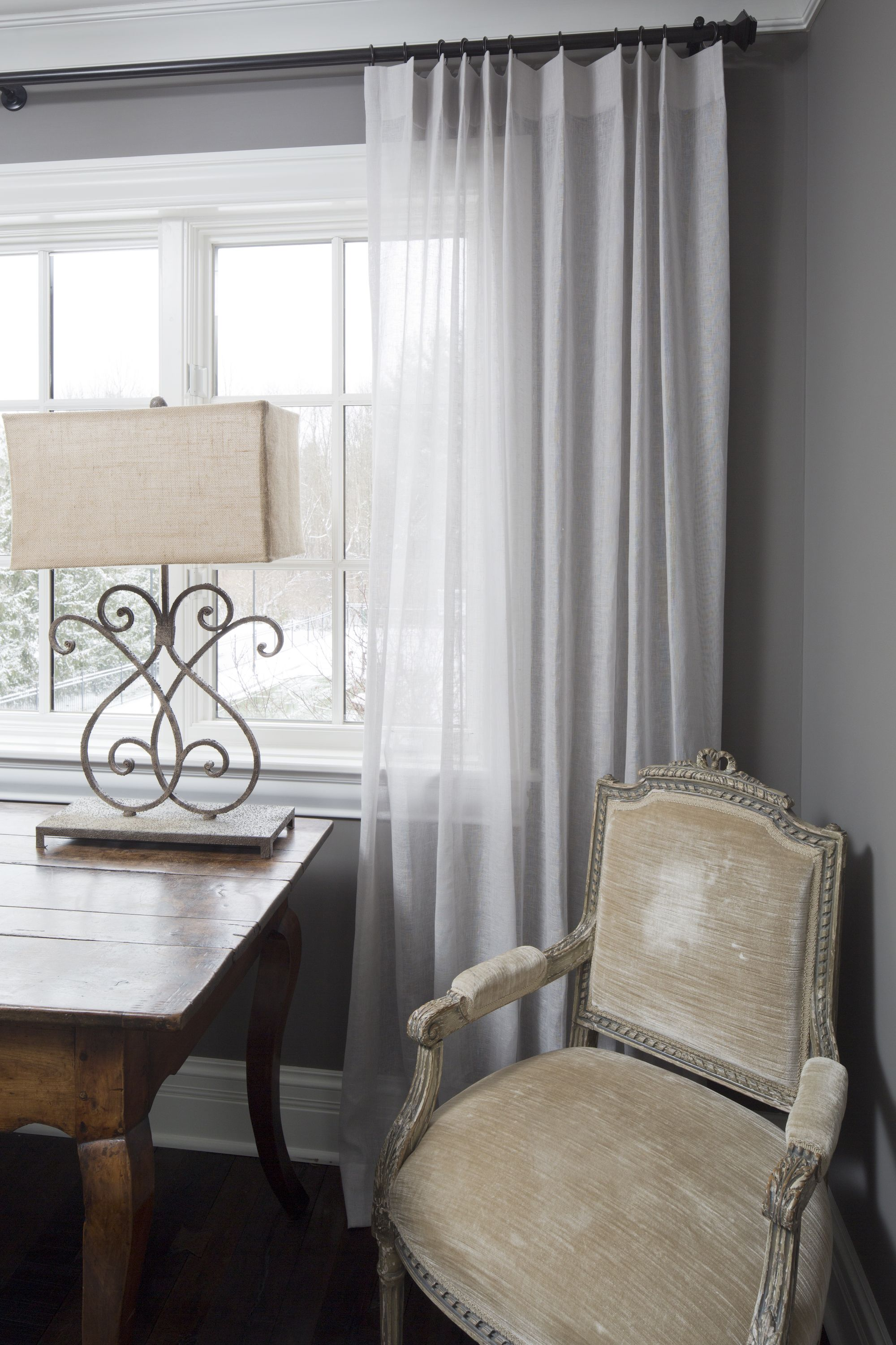 4 Interesting Ways To Use Neutral Colors In Window Treatments Window Treatments Living Room Custom Drapes Home Decor