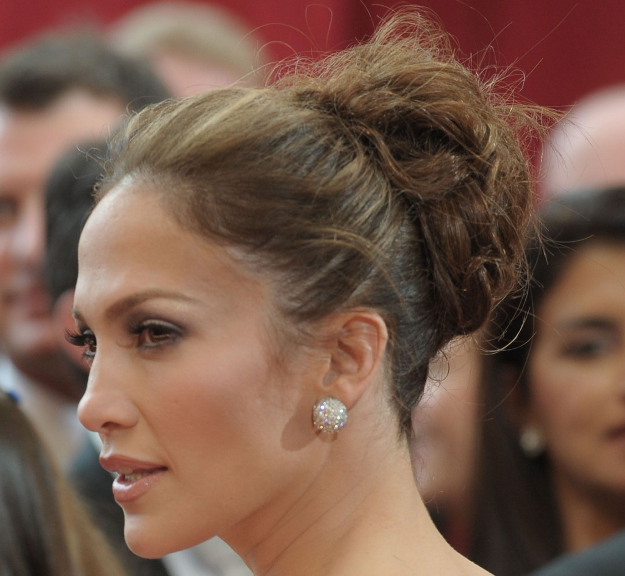 Messy Bun Coque Jennifer Lopez Cabelo Hair Brunette Donut